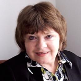 Dr. Rosalyn McCarthy